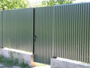 """Забор из Профнастила с Полимерным покрытием """"Под Ключ"""" 1.5 м. Зелёный"""